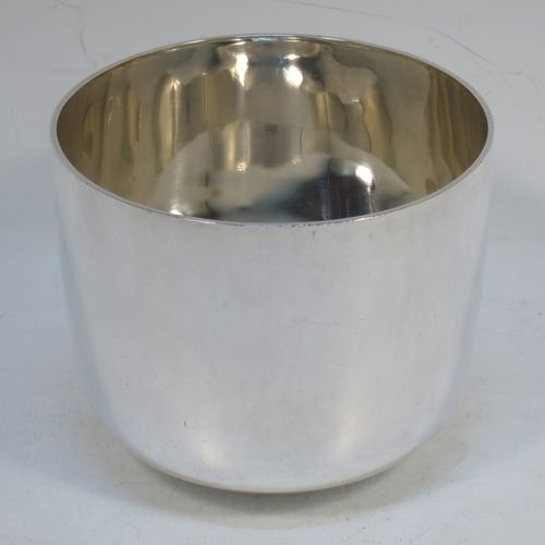 A large, heavy, and handsome Antique Victorian Sterling Silver tumbler cup, having a plain round body. Made by Hallams of London in 1899. The dimensions of this fine hand-made antique silver tumbler cup are height 7 cms (2.75 inches), diameter 8.3 cms (3.3 inches), and it weighs approx. 208g (6.7 troy ounces).