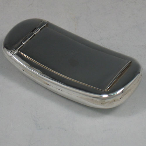 Antique Victorian sterling silver shaped pillbox made by Saunders & Shepherd of Birmingham in 1899. Length 6.5 cms.
